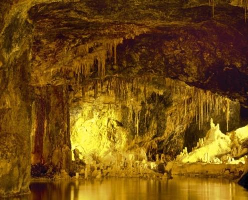 Höhle Feengrotten